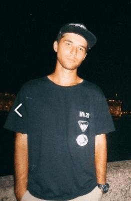 Андрей скейтборд инструктор